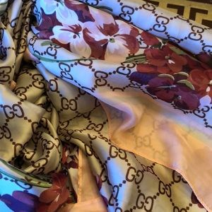 Accessories - Monogram silk Gucci scarf pink and floral colored